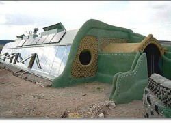 EARTHSHIPS: Sustainable Pockets of Freedom for Everyone